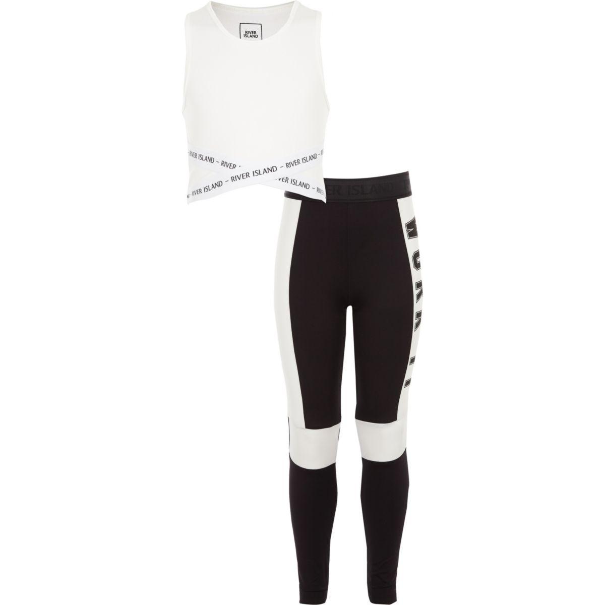 """Outfit mit weißem Crop Top """"work it"""""""
