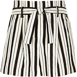 Girls white stripe tie front shorts
