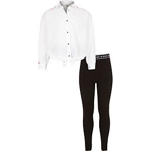 Weißem Hemd und Leggings im Set