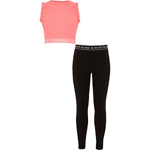 Outfit met roze crop top met ruches en legging voor meisjes