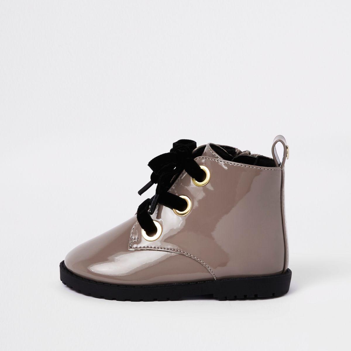 Mini girls beige lace-up eyelet boots