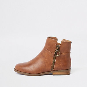 Girls brown zip ankle boots