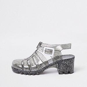 Schwarze Sandalen mit Glitzer