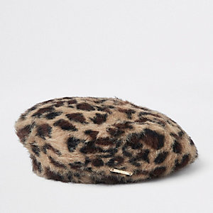 Braune Baskenmütze mit Leoparden-Print
