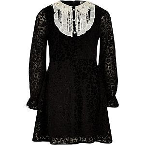 Girls black lace front collar shift dress
