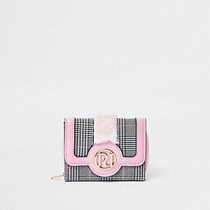 Porte-monnaie à rabats à carreaux roses et fausse fourrure pour fille