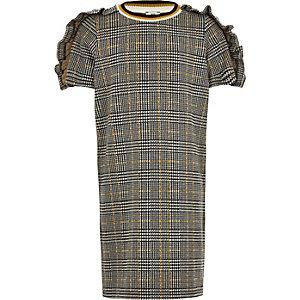 Grau kariertes T-Shirt-Kleid mit Rüschenärmeln