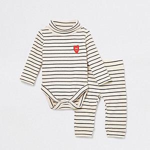 Crème geribbelde babygrow-outfit voor baby's