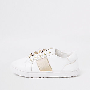 Girls white gold chain plimsolls