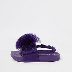 Claquettes violettes à pompon mini fille