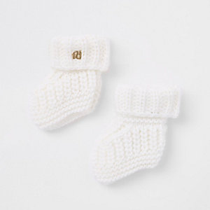 Stricksocken in Creme