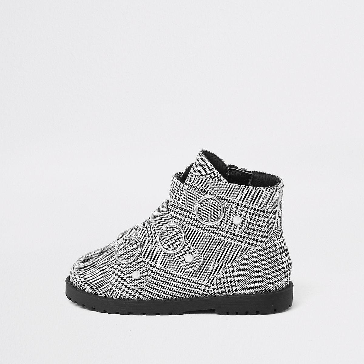 Mini girls black check circle buckle boots