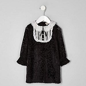 Mini - Zwarte jurk met knoopsluiting bij de kraag voor meisjes