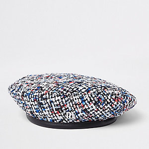 Bouclé-Baskenmütze in Creme mit Pailletten