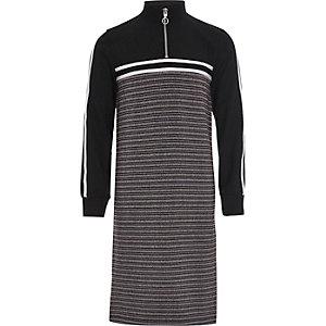 Zwarte gestreepte midi-jurk met losvallende hals voor meisjes