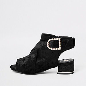 Zwarte fluwelen schoenlaarsjes met pareltje en gesp voor meisjes