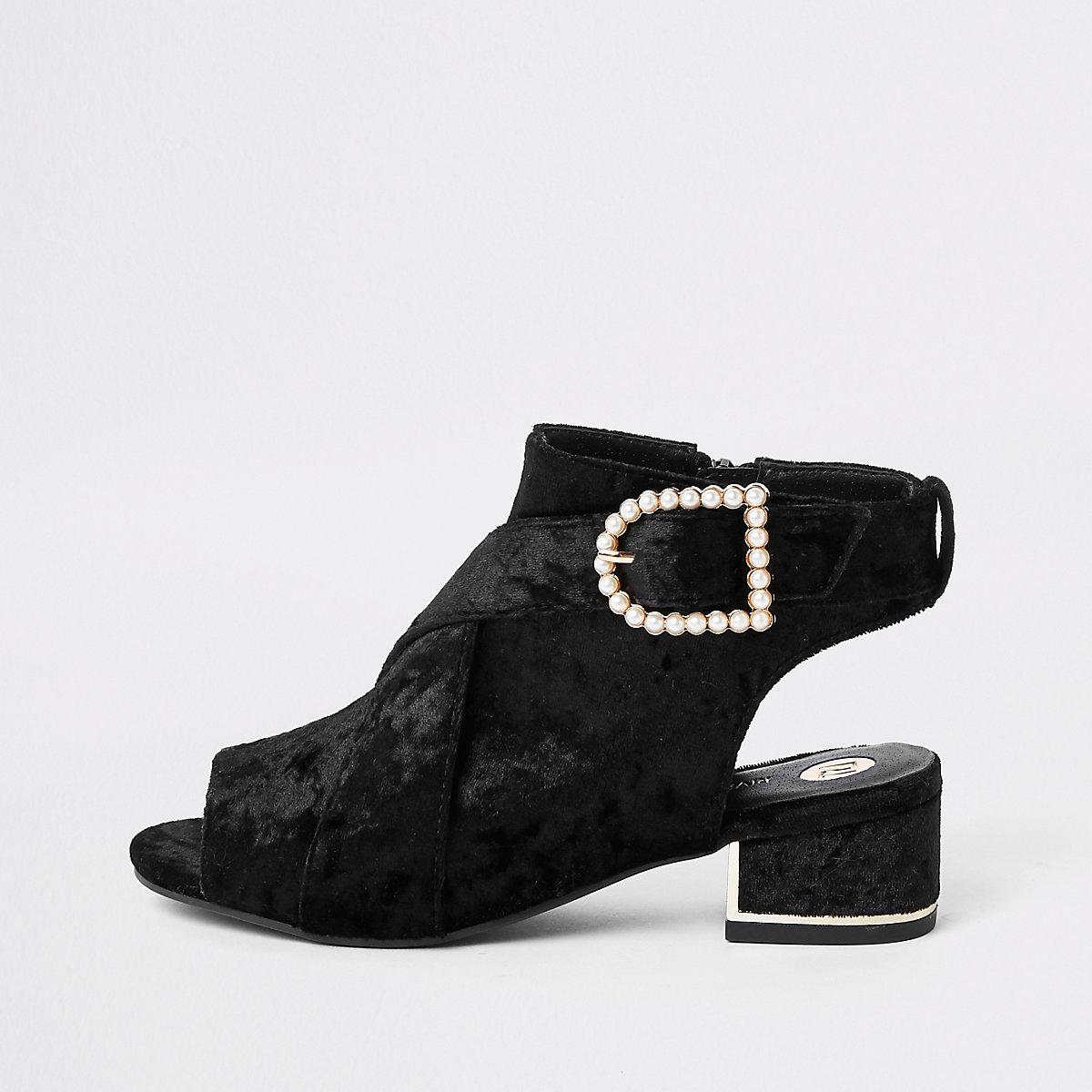Girls black velvet pearl buckle shoe boots