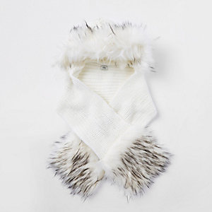 Girls cream faux fur trim scarf set