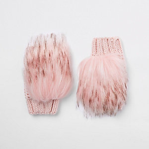 Girls pink faux fur mittens