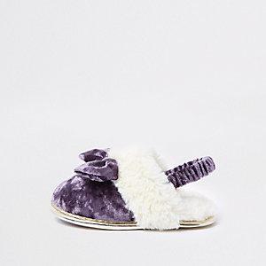 Claquettes en velours et fausse fourrure violettes mini fille