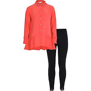 Outfit met koraalrood overhemd met ongelijke zoom voor meisjes