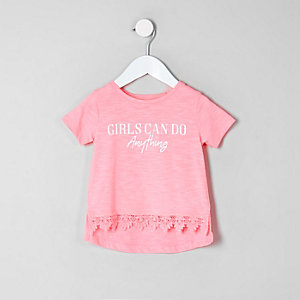 Mini girls 'girls can' crotchet hem T-shirt
