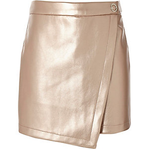 Girls pink metallic vinyl skort