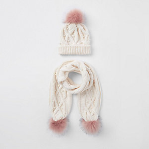 Girls cream pearl faux fur beanie hat