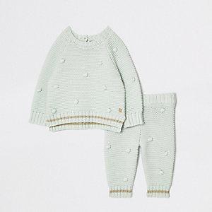 Set met babygroene trui met stippen