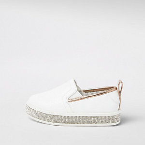 Mini girls white rhinestone trim plimsolls