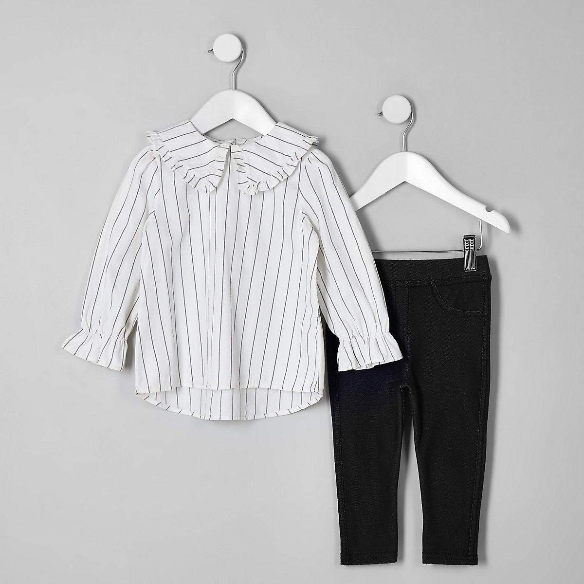 Mini girls white stripe top outfit