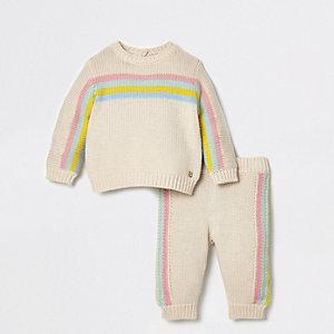 Outfit met crème gebreide pullover met regenboogprint voor baby's