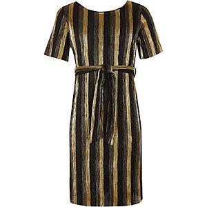 Goudkleurige plissé jurk met strikceintuur