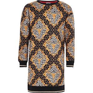 Schwarzes Pulloverkleid mit Leopardenmuster