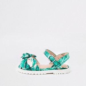 Grüne Sandalen mit Blattprint