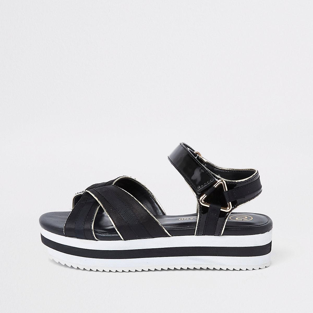 Girls black sports platform shoes