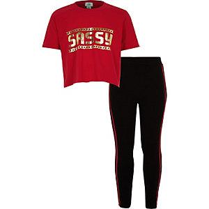 Ensemble avec t-shirt rouge à inscription « Sassy » pour fille