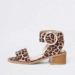 Sandales imprimé léopard marron à talon carré pour fille