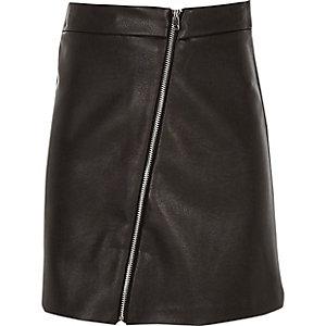 Zwarte rok van imitiatieleer met doorlopende rits voor meisjes
