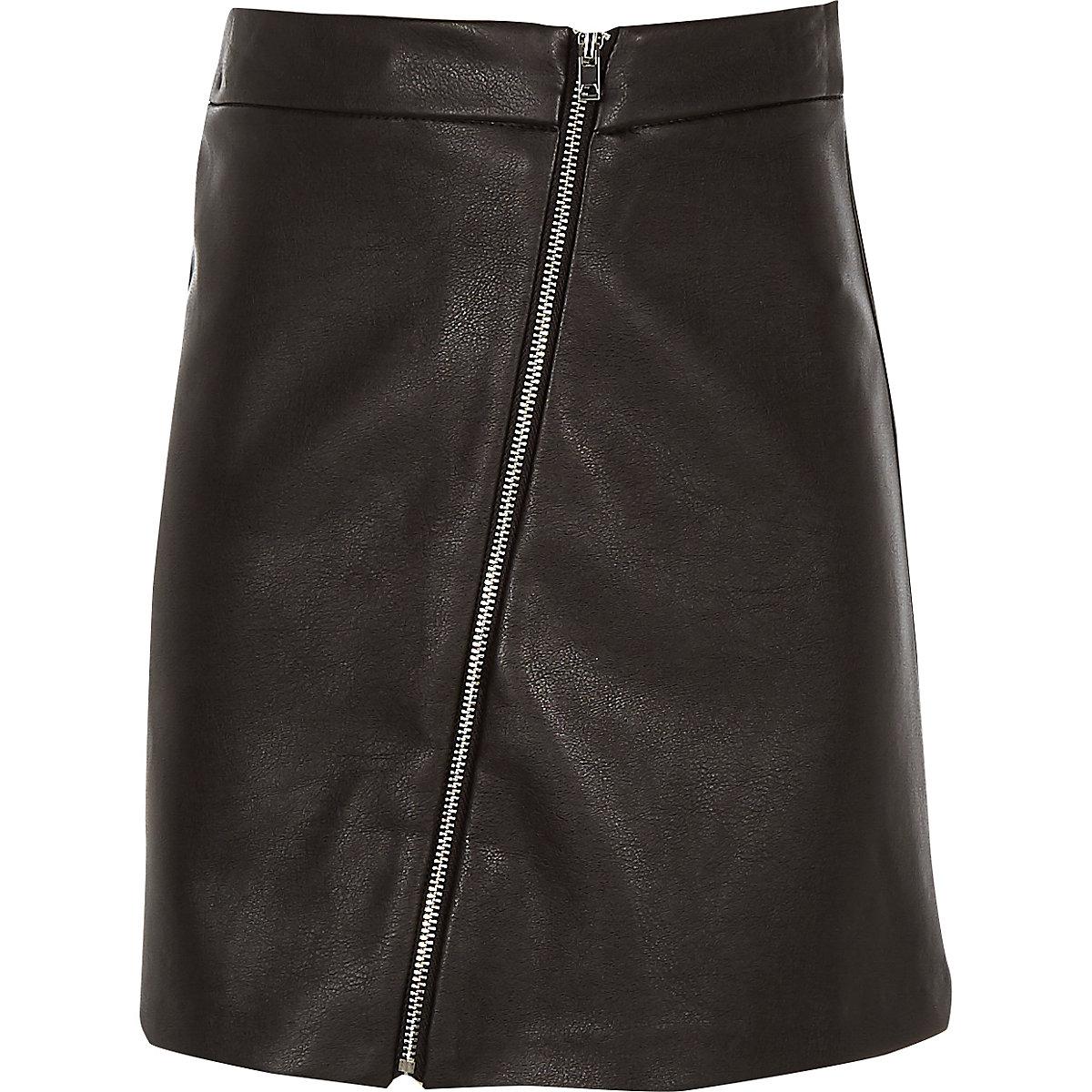 Girls black faux leather zip through skirt