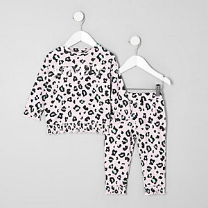 Mini girls pink leopard print cosy set