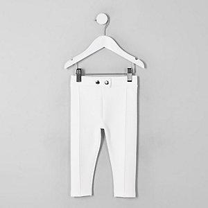Weiße Hosen für Mädchen
