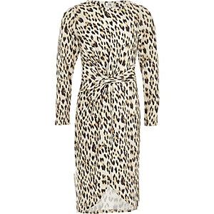 Braunes Kleid mit Leopardenmuster und Knotendetail