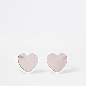 Mini girls white heart sunglasses