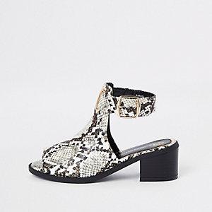 Braune Shoe Boots in Schlangenlederoptik