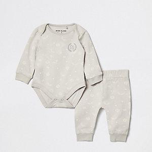 Ensemble avec pantalon de jogging gris à logo RI pour bébé