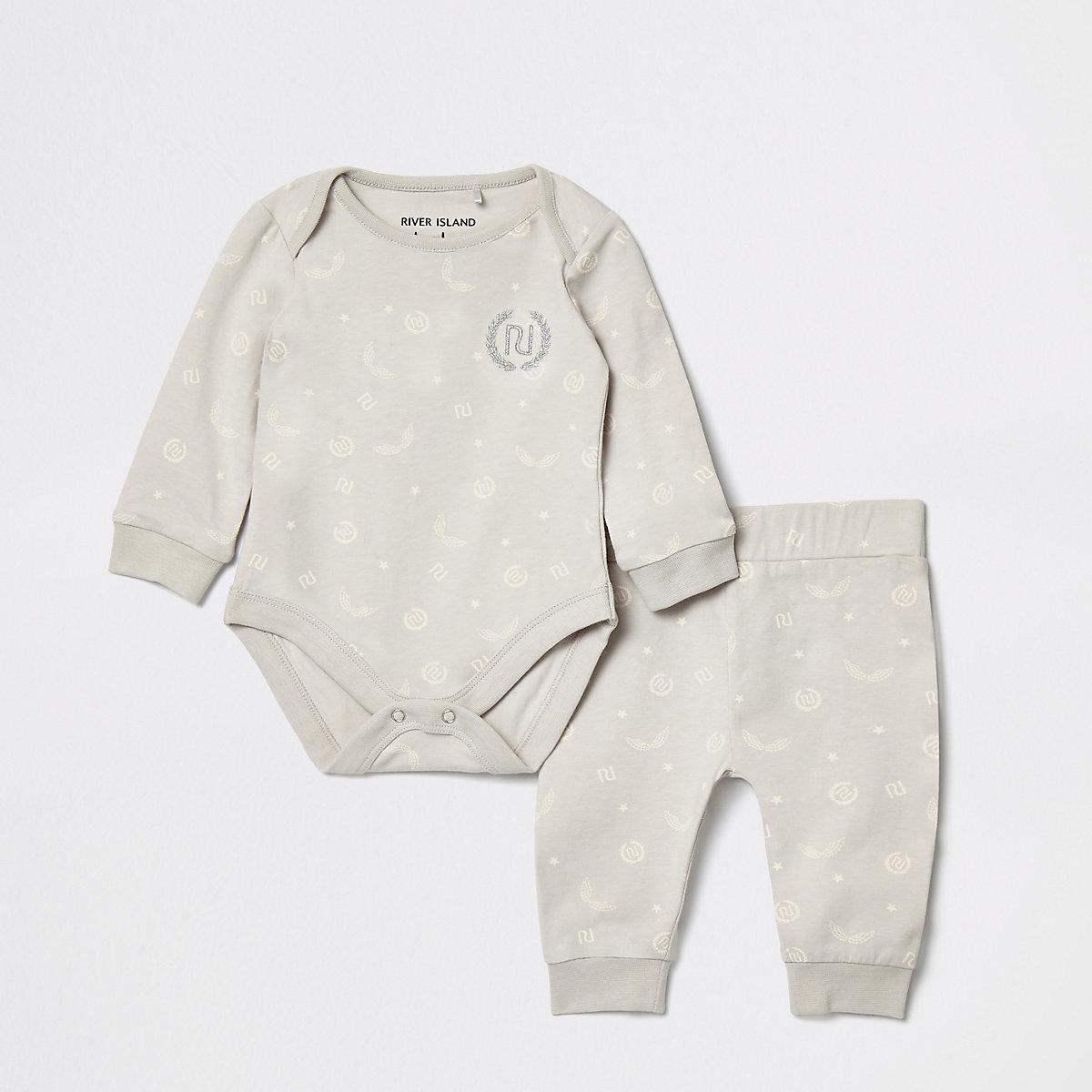 Baby grey RI print jogger outfit