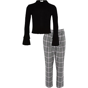 Girls black rib top and check pants outfit