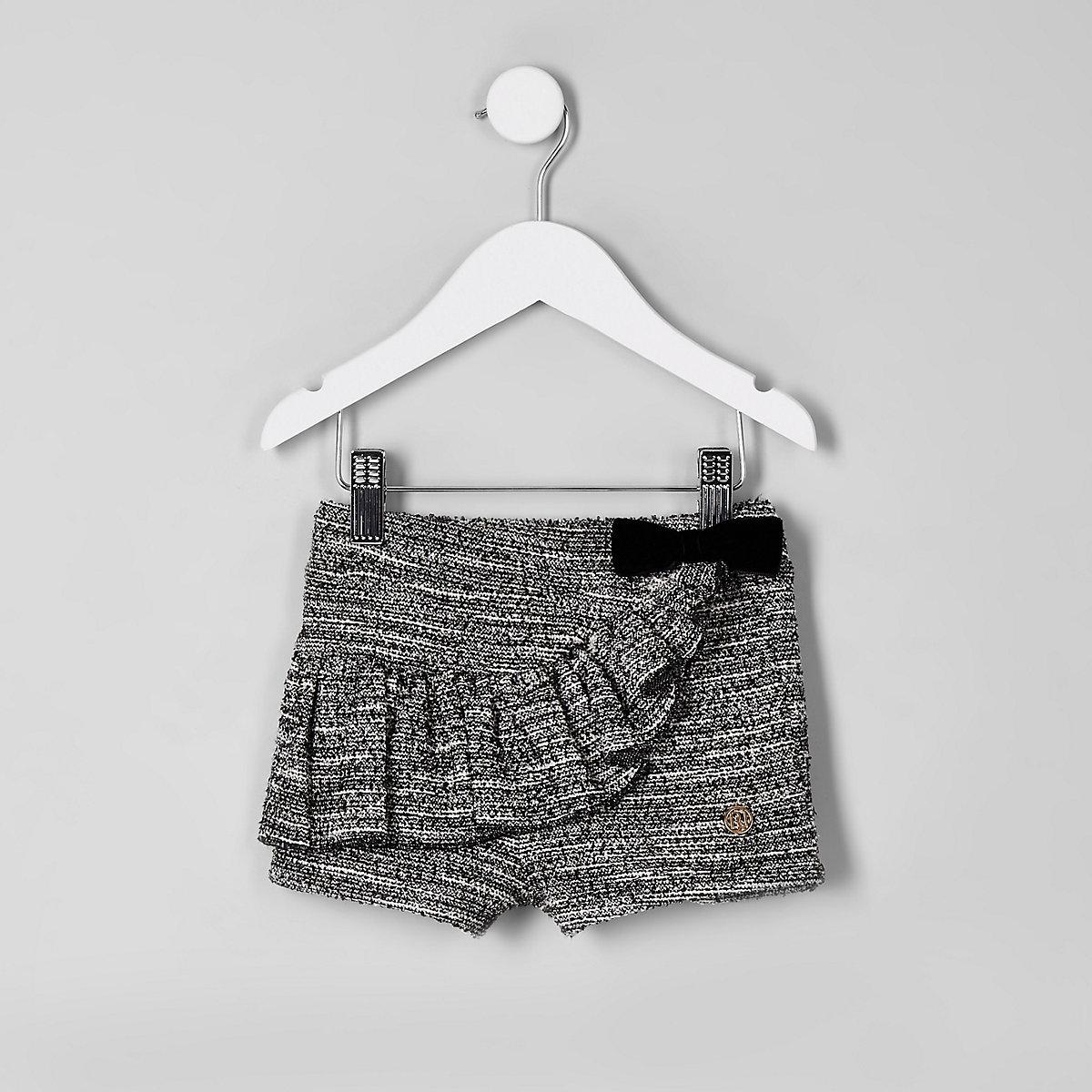 Mini girls black boucle frill shorts