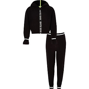 Girls black RI zip hoodie outfit
